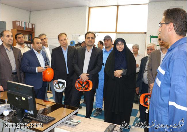 به منظور بررسی شرایط و اطمینان از آمادگی جهت تامین گاز زمستانی ، مهندس رامین حاتمی مدیر عامل شرکت نفت مناطق مرکزی ایران از منطقه عملیاتی نار بازدید کرد 6