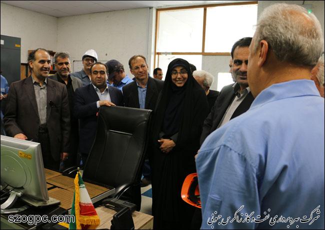به منظور بررسی شرایط و اطمینان از آمادگی جهت تامین گاز زمستانی ، مهندس رامین حاتمی مدیر عامل شرکت نفت مناطق مرکزی ایران از منطقه عملیاتی نار بازدید کرد 9